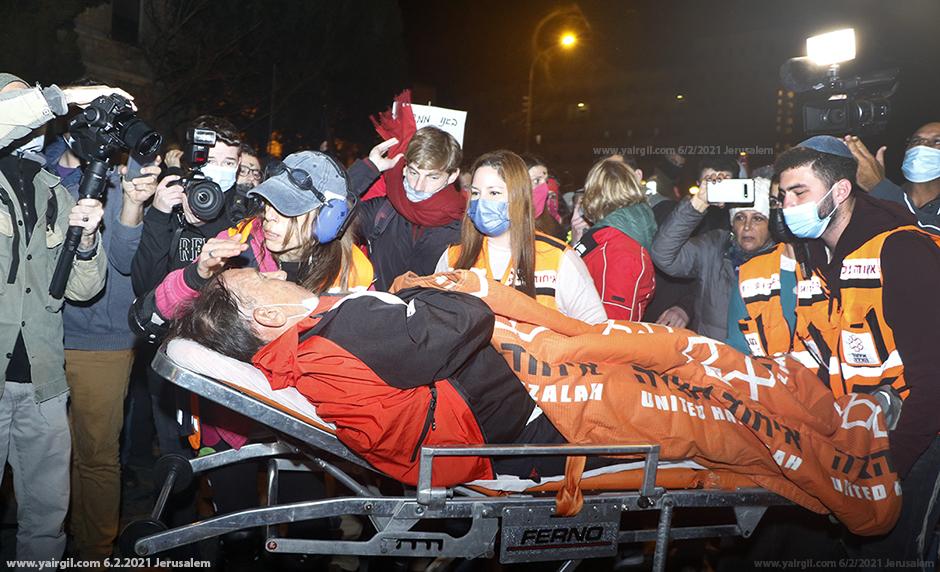 """תא""""ל (מיל) אסף אגמון נפגע במחאה"""